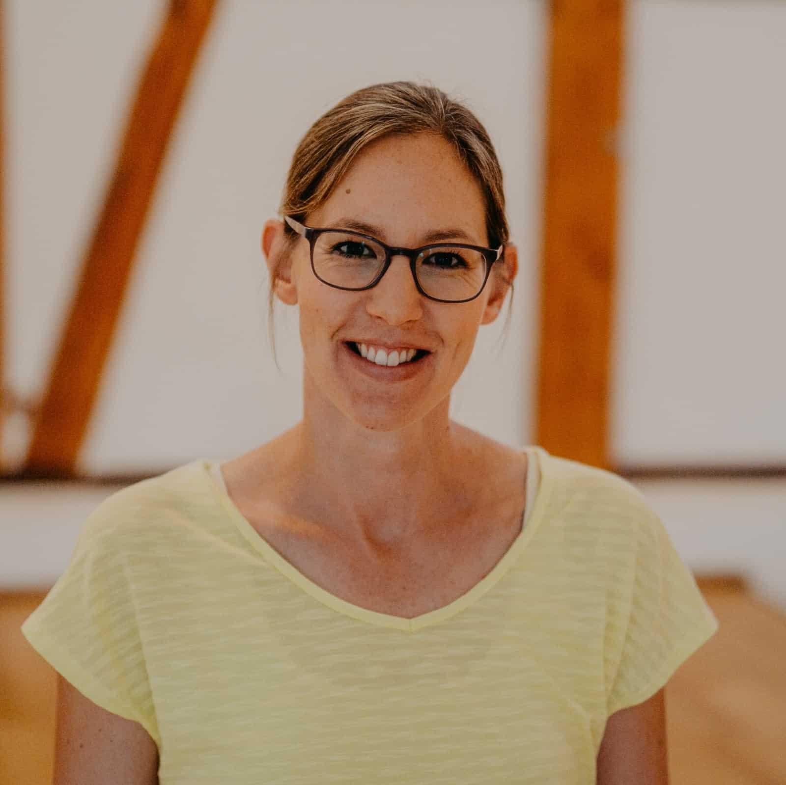 Katharina Blosch - Yogalehrerin (BYV), Yoga in der Schwangerschaft, Yoga für die Rückbildung